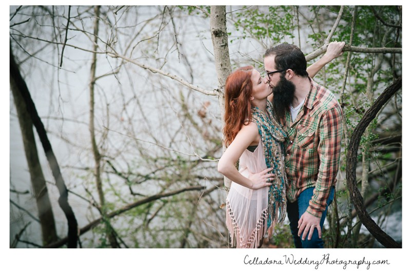 nashville-engagement-kiss-800x534 Nashville TN Engagement Photography | Micah and Mallory