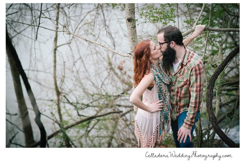 nashville-engagement-kiss-800x534 Nashville TN Engagement Photography | Micah and Mallory