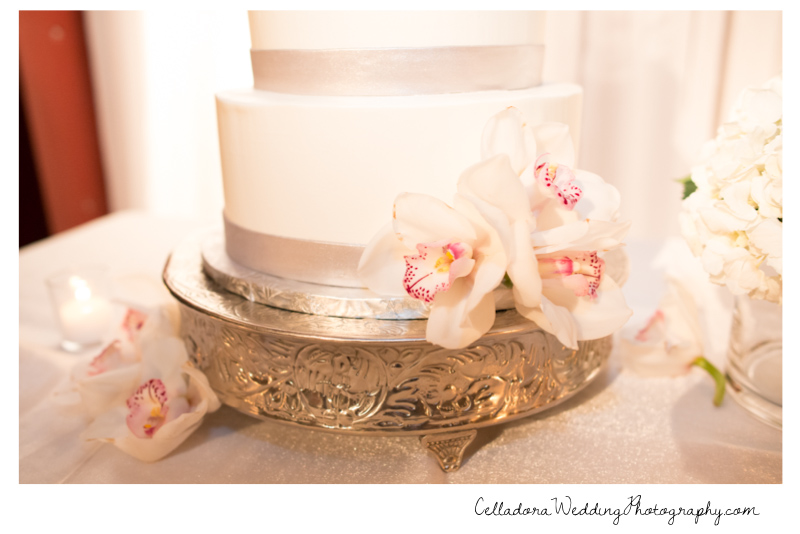 nashville-wedding-cake-detail Catherdral of the Incarnation Wedding | Avenue Reception | Erin + Zach