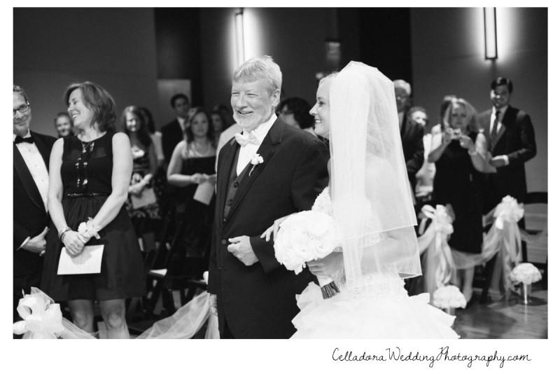 bride-walking-down-aisle-800x534 Nashville Wedding Photography   WO Smith Music School