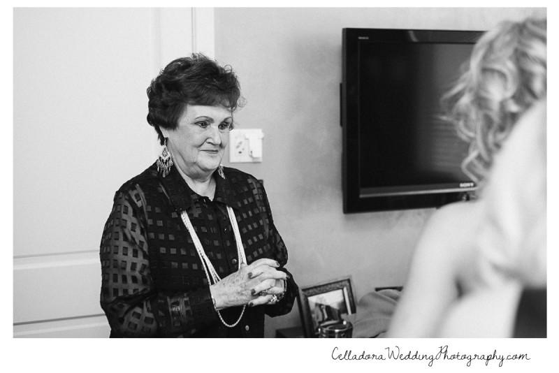 grandmother-with-bride-800x534 Nashville Wedding Photography   WO Smith Music School