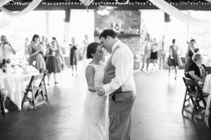 black-and-white-wedding-dance-300x200 black-and-white-wedding-dance