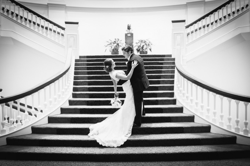 bride-and-groom-on-staircase-800x533 Wedding Portfolio | Real Moments and Love Stories