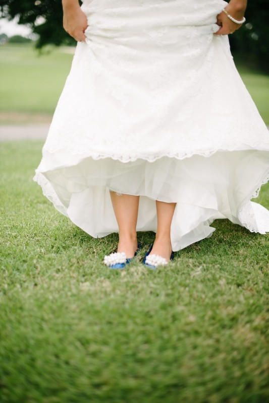 bride-with-blue-shoes-533x800 Catherine and Zach Hermitage, TN Outdoor Wedding