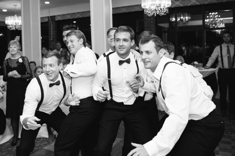 garter-toss-800x532 Blair + Hunter Brentwood, TN Wedding