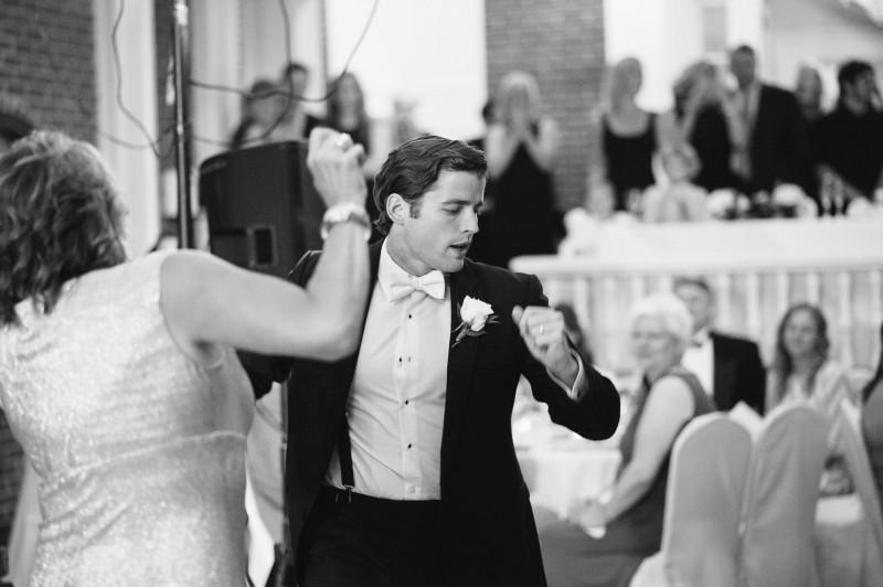 groom-mom-800x532 Blair + Hunter Brentwood, TN Wedding