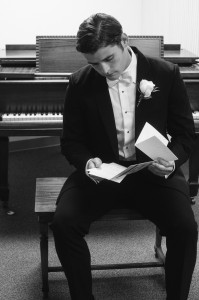 groom-reading-letter-from-bride-199x300 groom-reading-letter-from-bride