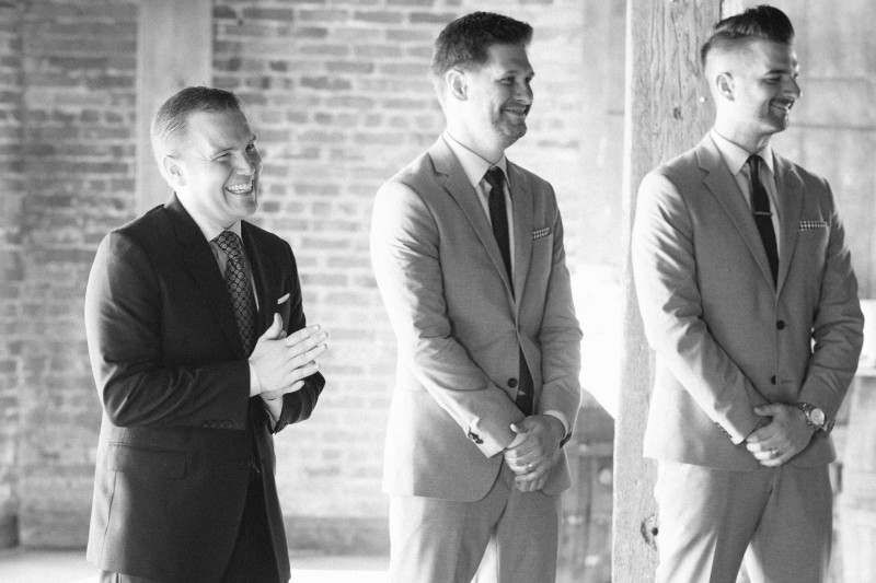 groom-seeing-bride-for-first-time-800x533 One Cannery Ballroom Nashville 4th of July Wedding   Brian and Jenna