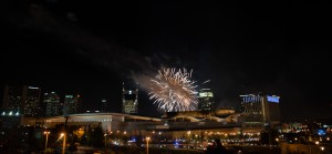 nashville-tn-fireworks-display-from-cannery-300x139 nashville-tn-fireworks-display-from-cannery