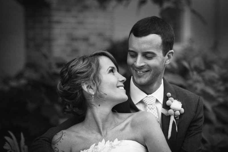 classic-couple-portrait1-800x533 Opryland Hotel Wedding in Nashville, TN - Dawn + Keith