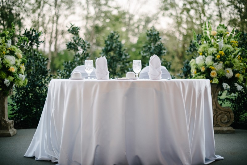 head-table-gaylord1-800x533 Opryland Hotel Wedding in Nashville, TN - Dawn + Keith