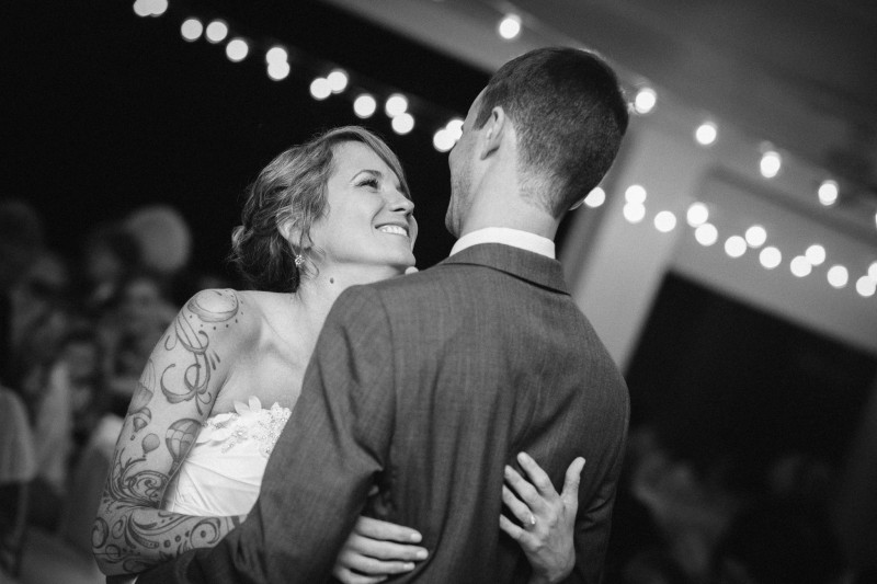 smiling-first-dance1-800x533 Opryland Hotel Wedding in Nashville, TN - Dawn + Keith