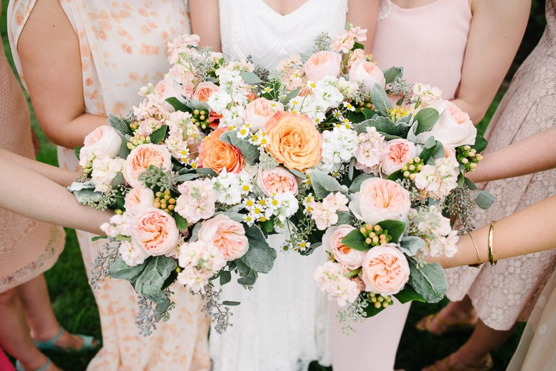 beautiful-nashville-wedding-flowers-800x534 Front Porch Farms Wedding - Taylor and William