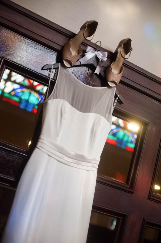 wedding-dress-church-532x800 Photographing the Wedding Dress | Top Pins on Pinterest