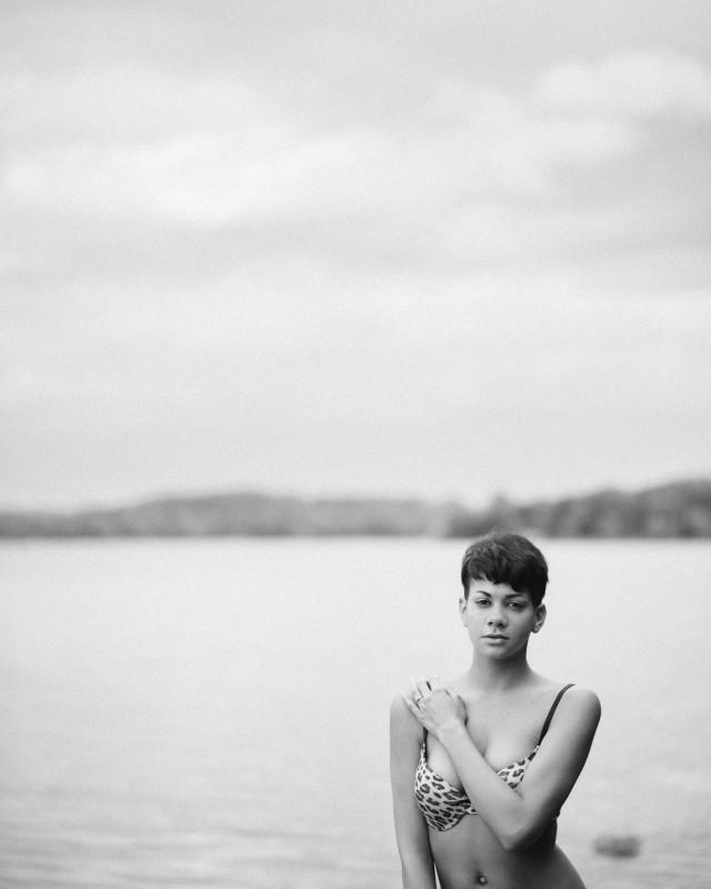 lake-boudoir-shoot-640x800 Ashley's Nashville Outdoor Boudoir Sesssion