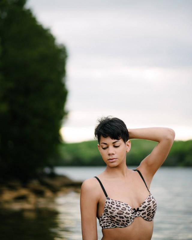 outdoor-boudoir-tennessee-640x800 Ashley's Nashville Outdoor Boudoir Sesssion