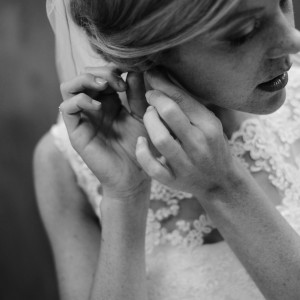 bride-putting-on-earrings-300x300 nashville-portfolio