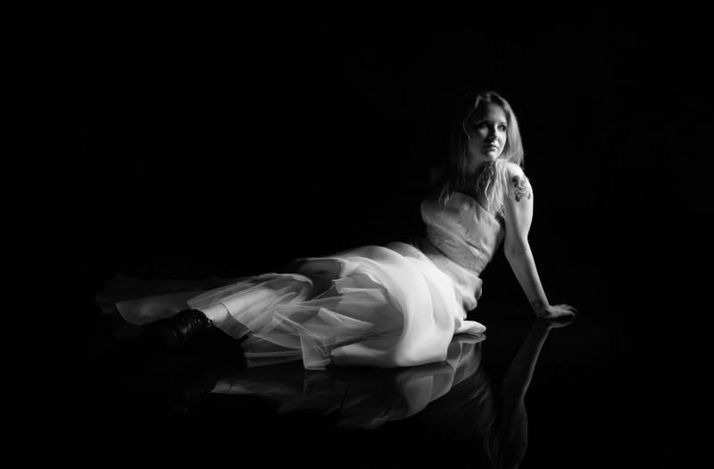 studio-bridal-portrait-shoot-800x525 Studio Bridal Portrait Session
