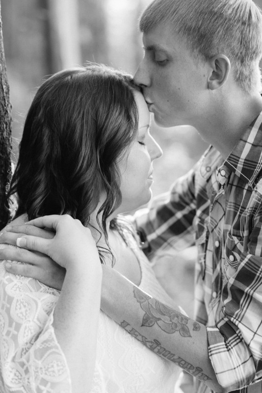 engagement-black-and-white-534x800 Brittney and Justin's Outdoor Tennessee Engagement Session