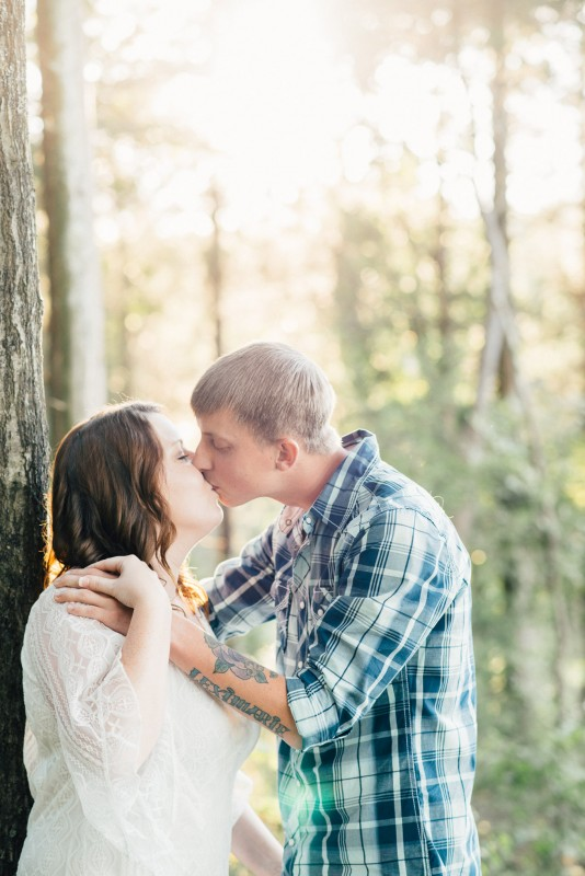 nashville-engagement-couple-kissing-534x800 Brittney and Justin's Outdoor Tennessee Engagement Session