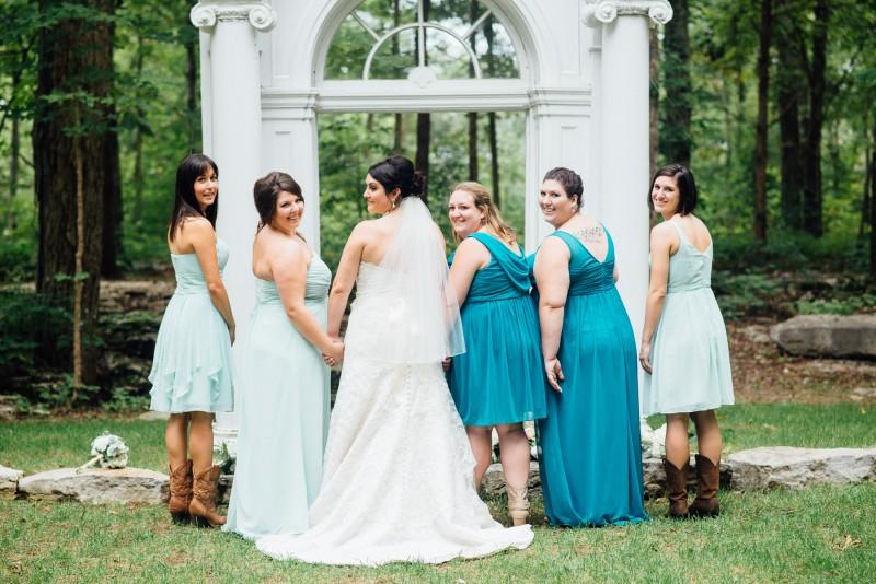 brides-holding-hands-800x534 Outdoor Barn Wedding | Murfreesoro, TN | Paul and Amanda