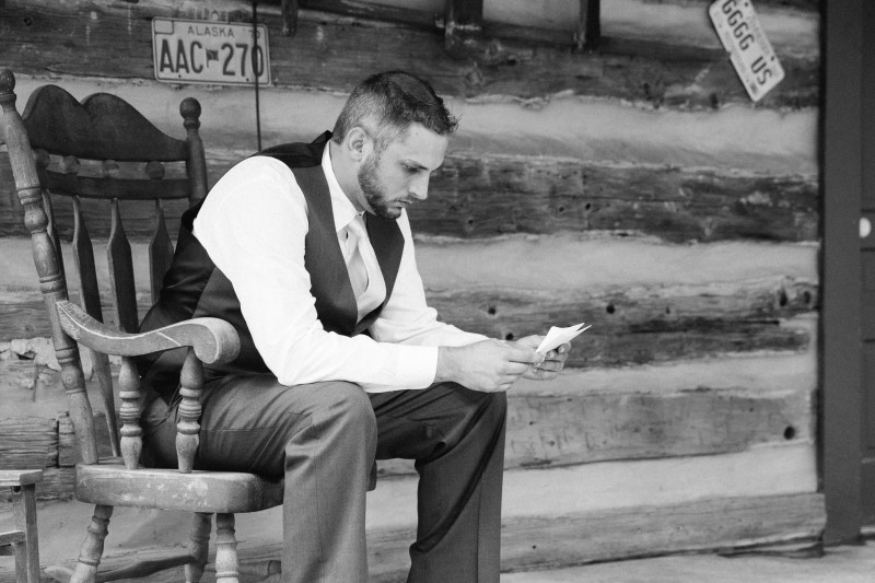 groom-reading-letter-from-bride-800x533 Outdoor Barn Wedding | Murfreesoro, TN | Paul and Amanda