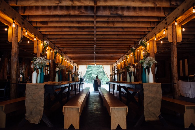 outdoor-barn-wedding-800x534 Outdoor Barn Wedding | Murfreesoro, TN | Paul and Amanda