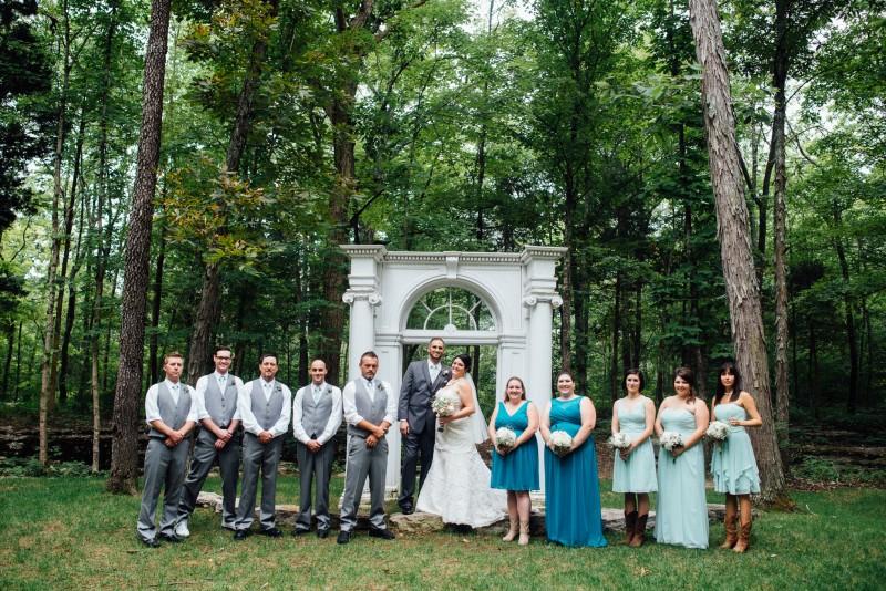 tn-wedding-party-800x534 Outdoor Barn Wedding | Murfreesoro, TN | Paul and Amanda