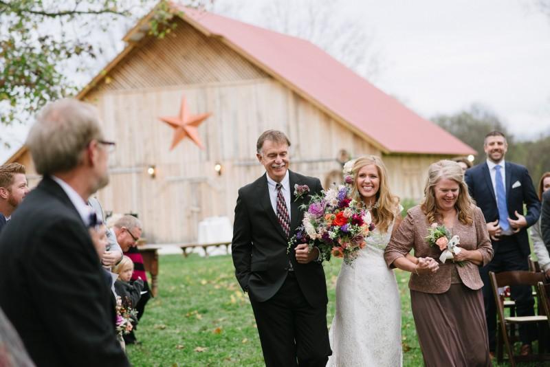 bride-reaction-800x534 Laurie + Craig - Antrim Wedding   Columbia, TN