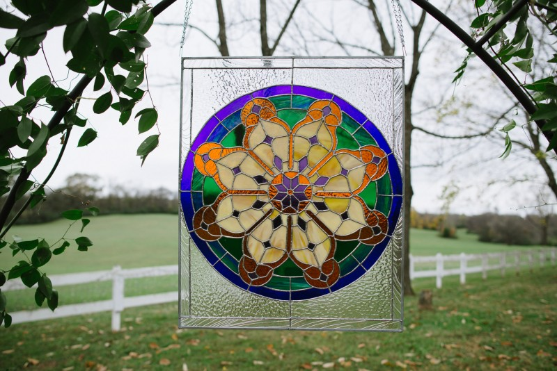 stainglass-wedding-decoration-800x534 Laurie + Craig - Antrim Wedding   Columbia, TN