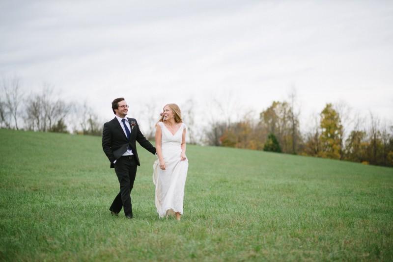 walking-bride-groom-800x534 Laurie + Craig - Antrim Wedding   Columbia, TN