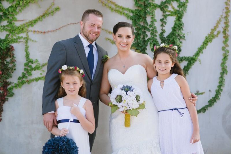 wedding-family-portrait-800x534 Elisa + Jerrad Wedding | Balinese Ballroom | Memphis, TN