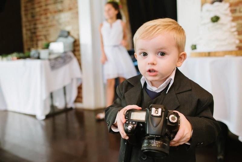 young-photographer-wedding-800x534 Elisa + Jerrad Wedding | Balinese Ballroom | Memphis, TN