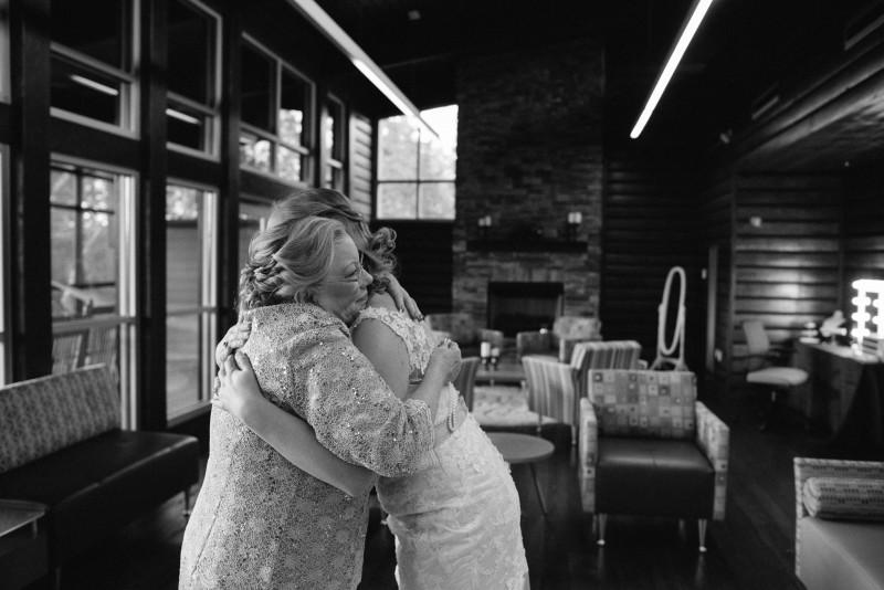 bride-and-mother-800x534 Rachel + Kyle | Nelson Andrews Lodge | Nashville, TN