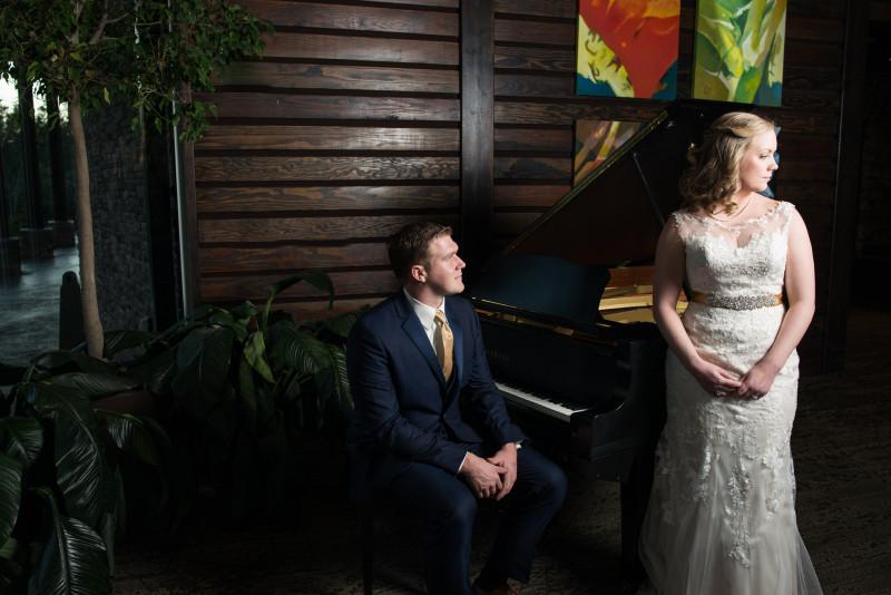 bride-groom-classic-portrait-800x534 Rachel + Kyle | Nelson Andrews Lodge | Nashville, TN