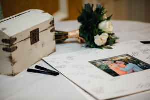 creative-sign-in-guestbook-wedding-300x200 creative-sign-in-guestbook-wedding