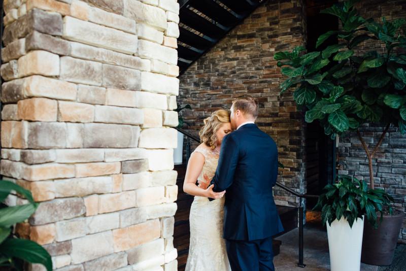 first-look-sweet-800x534 Rachel + Kyle | Nelson Andrews Lodge | Nashville, TN