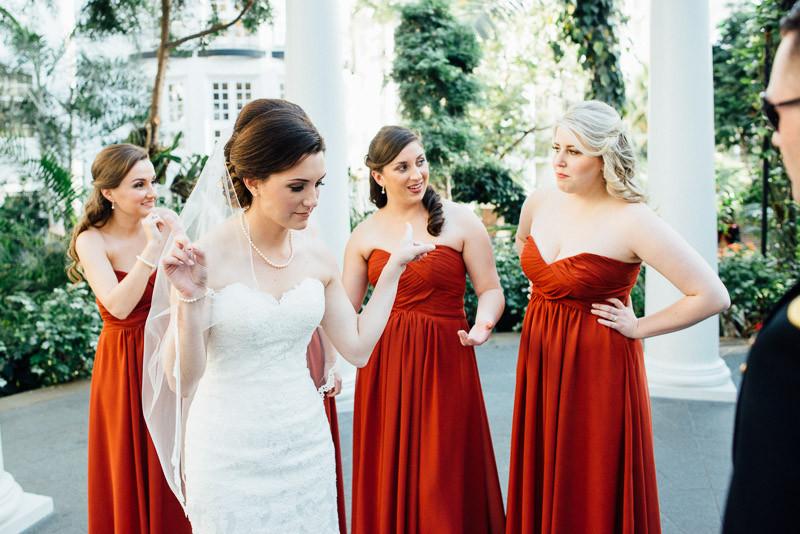 funny-bride-800x534 Julia and Wes | Nashville, TN Winter Wedding | Gaylord Opryland Hotel