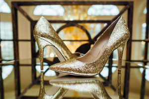 gold-wedding-shoes-bling-300x200 gold-wedding-shoes-bling
