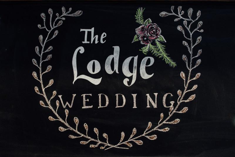the-lodge-wedding-chalk-800x534 Rachel + Kyle | Nelson Andrews Lodge | Nashville, TN