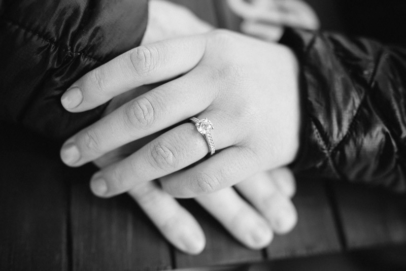 engagement-ring-detail-800x534 Sara and Ryan | Nashville Winter Snow Engagement Session