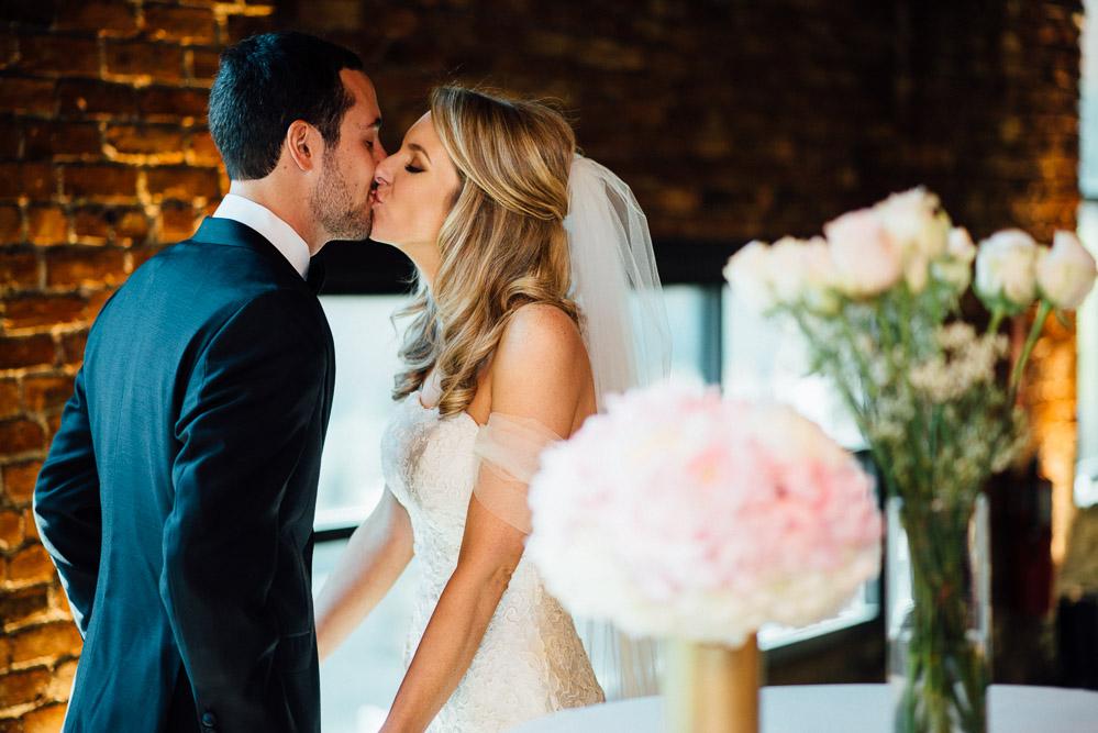 nashville-wedding-photographer-10 Downtown Nashville Wedding | Andrea + Ted | The aVenue