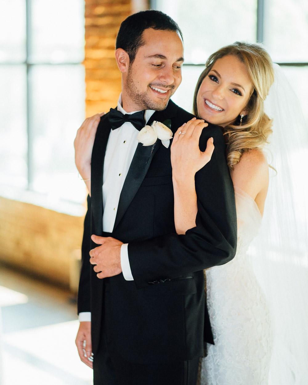 nashville-wedding-photographer-14 Downtown Nashville Wedding | Andrea + Ted | The aVenue