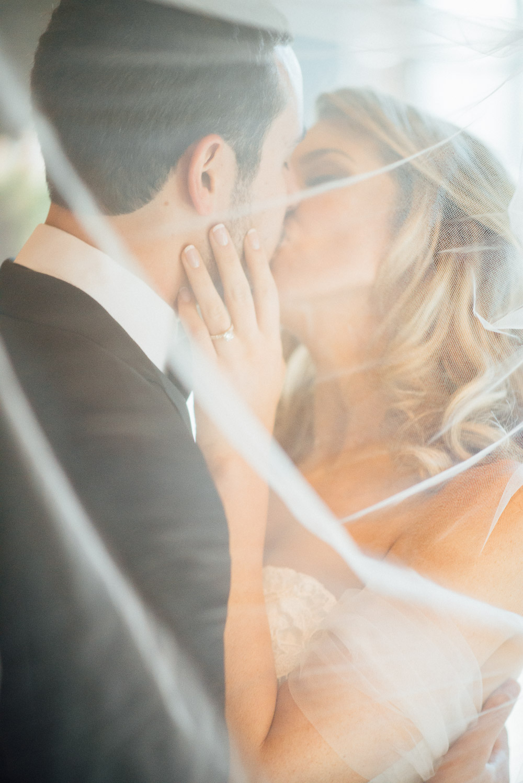 nashville-wedding-photographer-16 Downtown Nashville Wedding | Andrea + Ted | The aVenue