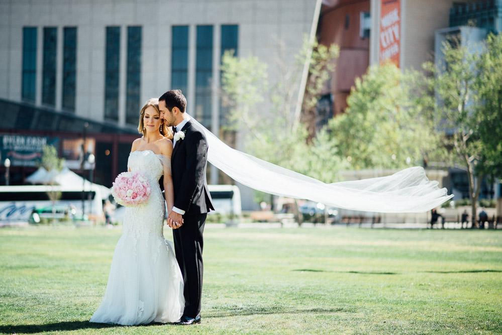 nashville-wedding-photographer-22 Downtown Nashville Wedding | Andrea + Ted | The aVenue