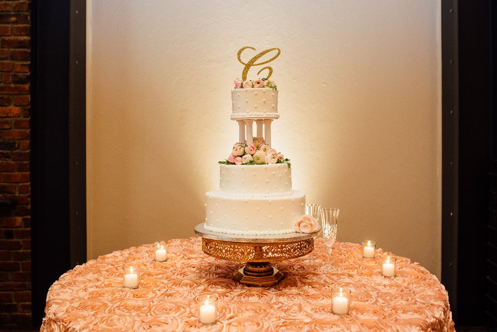 nashville-wedding-photographer-28 Downtown Nashville Wedding | Andrea + Ted | The aVenue