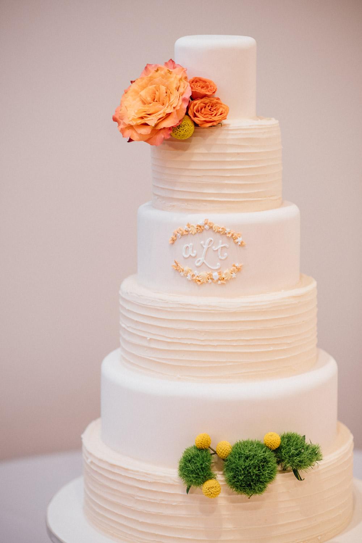wedding-cake Amy + Tara | Travellers Rest Plantation Wedding