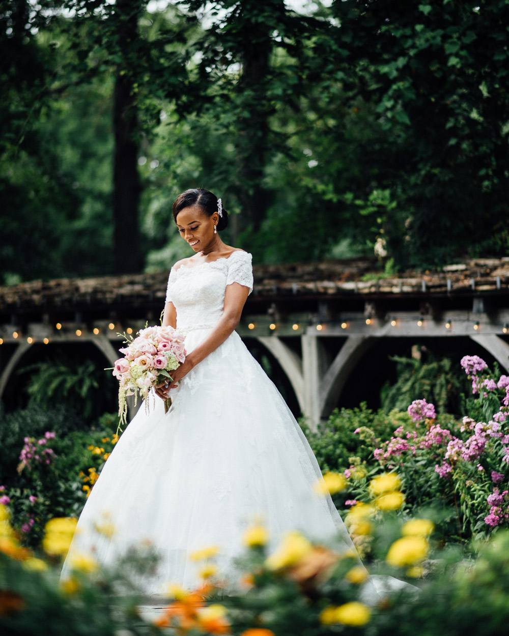 beautiful-bride-garden-flowers Cloisters Castle Wedding | Towson Maryland