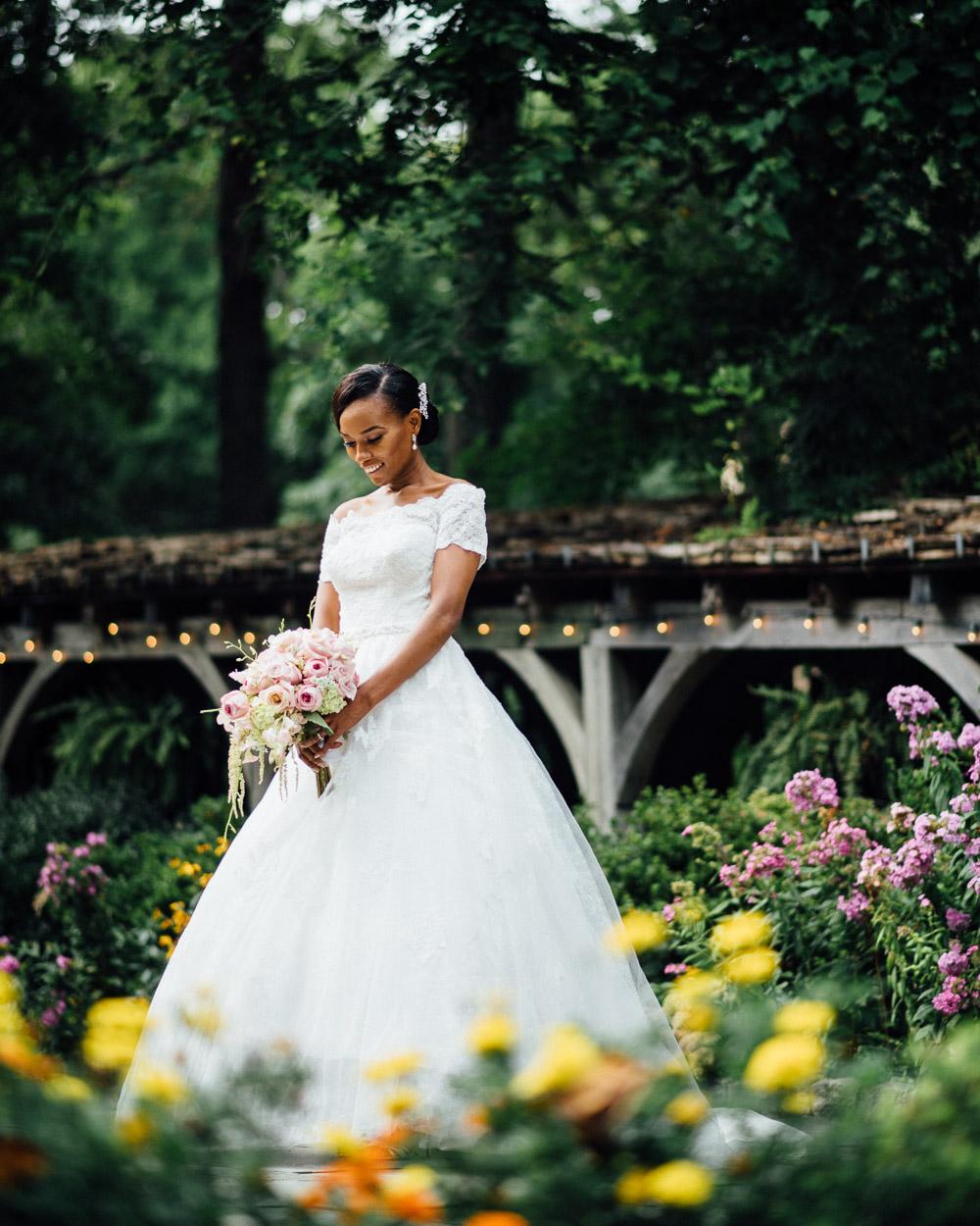 beautiful-bride-garden-flowers Cloisters Castle Wedding | Towson Maryland