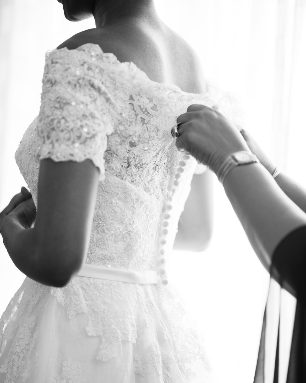 bride-mother-buttoning-dress Cloisters Castle Wedding | Towson Maryland